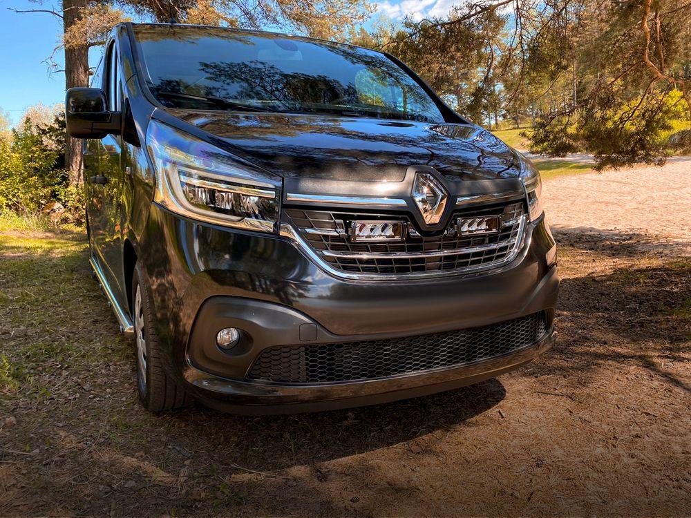 Renault Trafic (2019+) Grille Kit